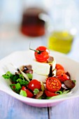 Summer salad with tomatoes and Brie
