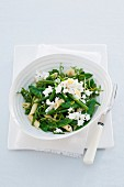 Pasta salad with green beans and goat's cheese
