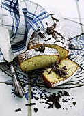 Banana cake with grated chocolate
