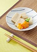 Koya dofu (gefriergetrockneter Tofu, Japan)
