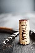 A corkscrew and an 'Italia' cork