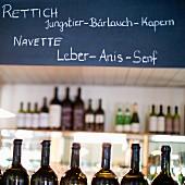 Tafel im Restaurant Saziani Stub'n, Steiermark, Österreich