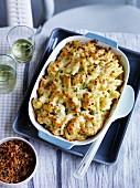 Blumekohl-Nudel-Gratin mit Käse