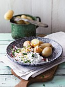 New potatoes with spring quark