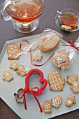 Gingerbread mittens and a mitten cutter