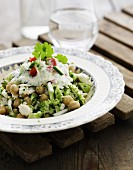 Chickpea salad with broccoli