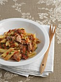 Penne with tuna fish and tomatoes