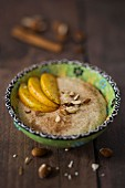 Almond porridge with apple