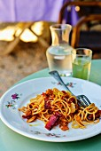 Cold pasta with chilli sauce