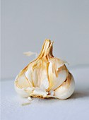 Garlic bulb, broken open