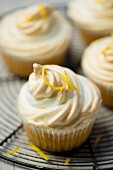 Lemon cupcake with meringue