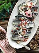 Eingelegte Heringe mit Ingwer und Chilischoten (weihnachtlich)