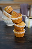 Muffins with milk and honey