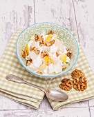 Cream cheese with pears and walnuts