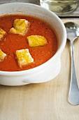 Gazpacho mit Croutons