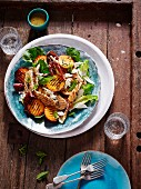 Grilled chicken with peaches and lettuce
