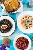 Restaurant Yeni Lokanta: Getrocknete Auberginen-Ravioli und Bulgur mit Sauerkirschsaft, Istanbul, Türkei