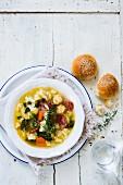 Cauliflower soup with chorizo and bread