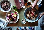 Rote-Bete-Salat, Schwarze Gerste mit Wildreis und geschmorte Lammschulter