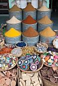 Gewürze und Handwerk für den Verkauf im Markt
