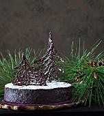 Luxuriöser Schokoladen-Früchtekuchen mit Rum zu Weihnachten