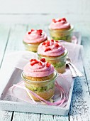 Kiwi and strawberry cupcakes as a gift