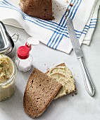 Parsley root spread with fresh parsley