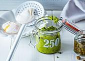 Hausgemachte Salsa Verde