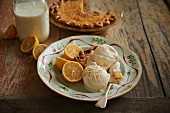 Chess Pie with lemon buttermilk ice cream (USA)