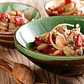 White bean and tuna fish salad with peppers