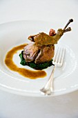 Piccione arrosto con spinaci (roasted pigeon with spinach, Italy)
