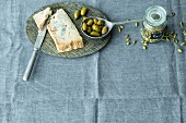 Gorgonzola dolce, green olives and cardamom