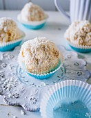 Snowballs made from sponge cake, low-fat quark and grated coconut