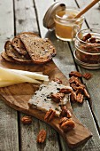 Cheese with grilled bread and roasted pecan nuts