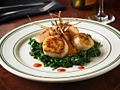Scallops with spinach and mashed sweet potatoes