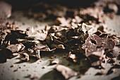 Dunkle Schokoladenspäne