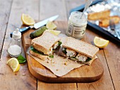 Fish finger sandwich with tartare sauce