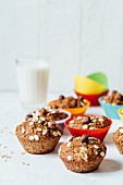Oat muffins with hazelnuts and banana