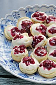 Scones with clotted cream and redcurrant jam