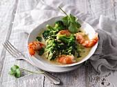 Thailändisches Garnelencurry mit Brokkoli & Erdnussbutter (LCHF)