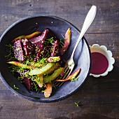 Warmer Rote-Bete-Salat mit Staudensellerie