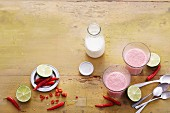Spicy berry smoothies with limes and vanilla