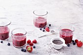 Berry smoothies with chia seeds and vanilla