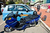 Recharging an electric scooter