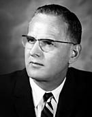 Maclyn McCarty,US geneticist