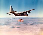 Hercules HC-130 capsule recovery,1969