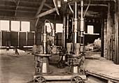 Glass-blowing machine,1908