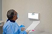 Examining tooth X-rays