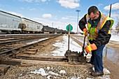 Rail yard switch handling