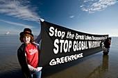 Greenpeace campaigners